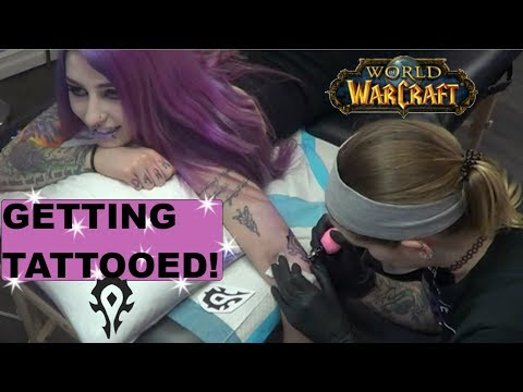 WATCH ME GET TATTOOED ! (Insignia Of The Horde Tattoo / World Of Warcraft Tattoo) | LadySurvival