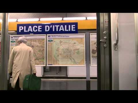 Getting Off The Train Paris Underground Metro Station - Free Royalty Footage
