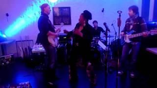 Download Janice Harrington und Peer Frenzke rocken die Bühne MP3 song and Music Video