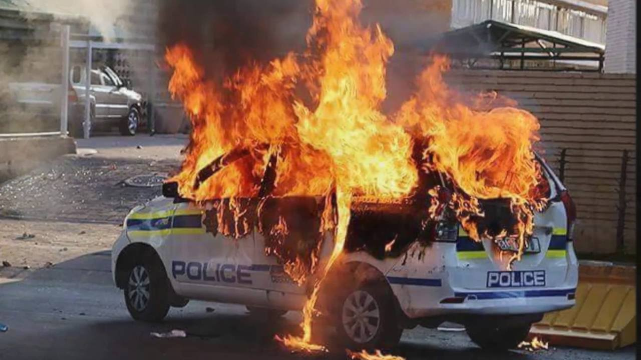 South African Riots - Images The SABC Did Not Want The Public To See!