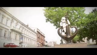 В Одессе приземлился Дарт Вейдер(Кандидат в народные депутаты от Интернет Партии Украины Дарт Вэйдер снял ролик о Одессе. http://vader.com.ua - личный..., 2014-10-21T12:12:18.000Z)