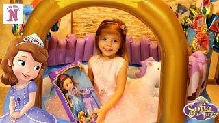 Надувной ЗАМОК ПРИНЦЕСС Принцессы Диснея Кукла София Прекрасная Сюрпризы Disney Princess doll
