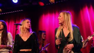 Baixar Live @Fasching 2018 Ladies Got The Blues - Funkier Than A Mosquitas Tweeter by Tina Turner
