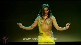 Hot and sexy dance performance on bollywood song | hot belly dance on hindi song