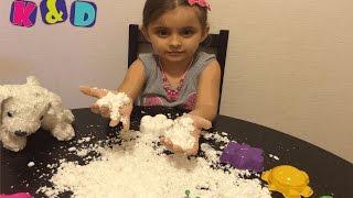 Как сделать кинетический песок или волшебный снег / kinetic sand and magic snow(Алиса делает снег в домашних условиях своими руками, получилось как кинетический песок, только белого цвет..., 2016-04-15T21:27:06.000Z)