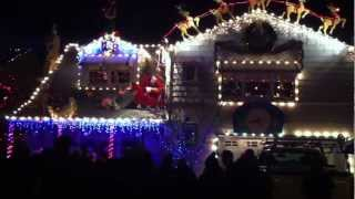 Christmas Light Show - Amazing! Walnut Ct, Santa Rosa CA.