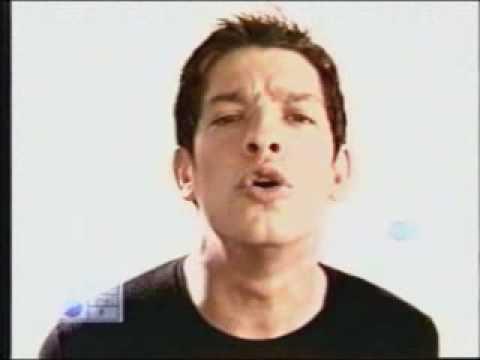 Yahir - Alucinado (Official Music Video)