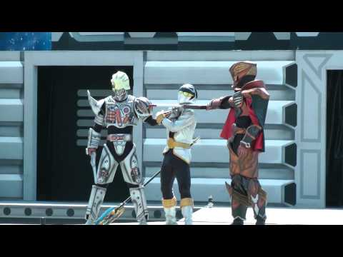 Super Sentai Gokaiger LIVE performance at Mitsui Greenland in Kumamoto Prefecture