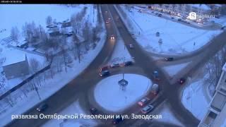 Понедельник в Нижнем Тагиле был щедрым на ДТП(Видео с камер: http://stagila.ru/ru/cameras/index Новость: http://stagila.ru/ru/news/read/751/matiz., 2013-01-29T09:30:46.000Z)