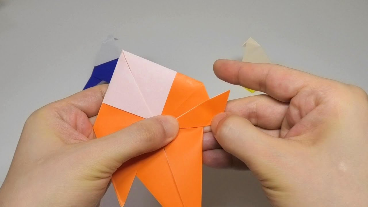 How to make an Origami Little Bird | Oiseau origami, Origami ... | 720x1280