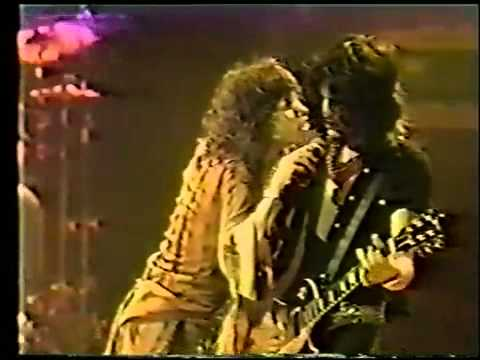 Aerosmith - Toys In The Attic Live 1977