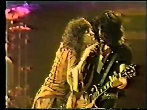 Aerosmith Toys In The Attic Live 1977 Youtube