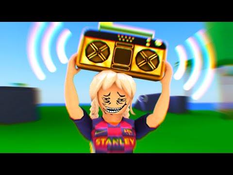 blasting strucid emotes on the radio 😂