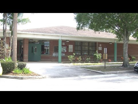 Crystal Lakes Elementary School