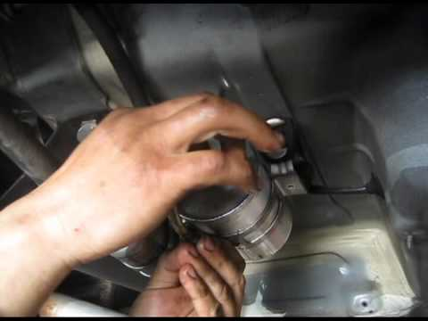 1994 mercedes e320 fuel filter replacement - youtube - 6 0 sel fuel filter