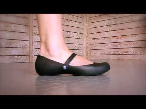 118c96e573bd7 Crocs 'Alice Work' at World of Clogs - YouTube