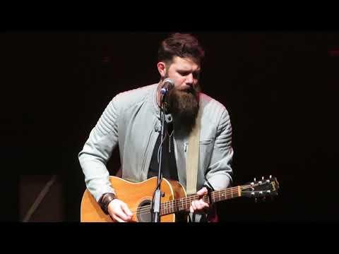 Jordan Davis - 'Slow Dance In A Parking Lot' - Live In Manchester 14/10/19