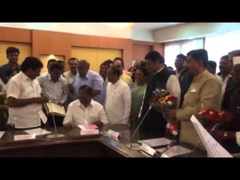 Taking the oath As  MLA Mr. Satej [Bunty] D. Patil