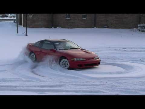 1993 Eagle Talon TSI in snow