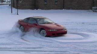 1993 Eagle Talon TSI in snow