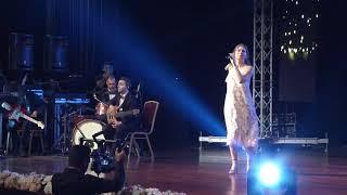 6.MOOD Ödülleri En İyi Şarkı Ece Mumay - Galaksi