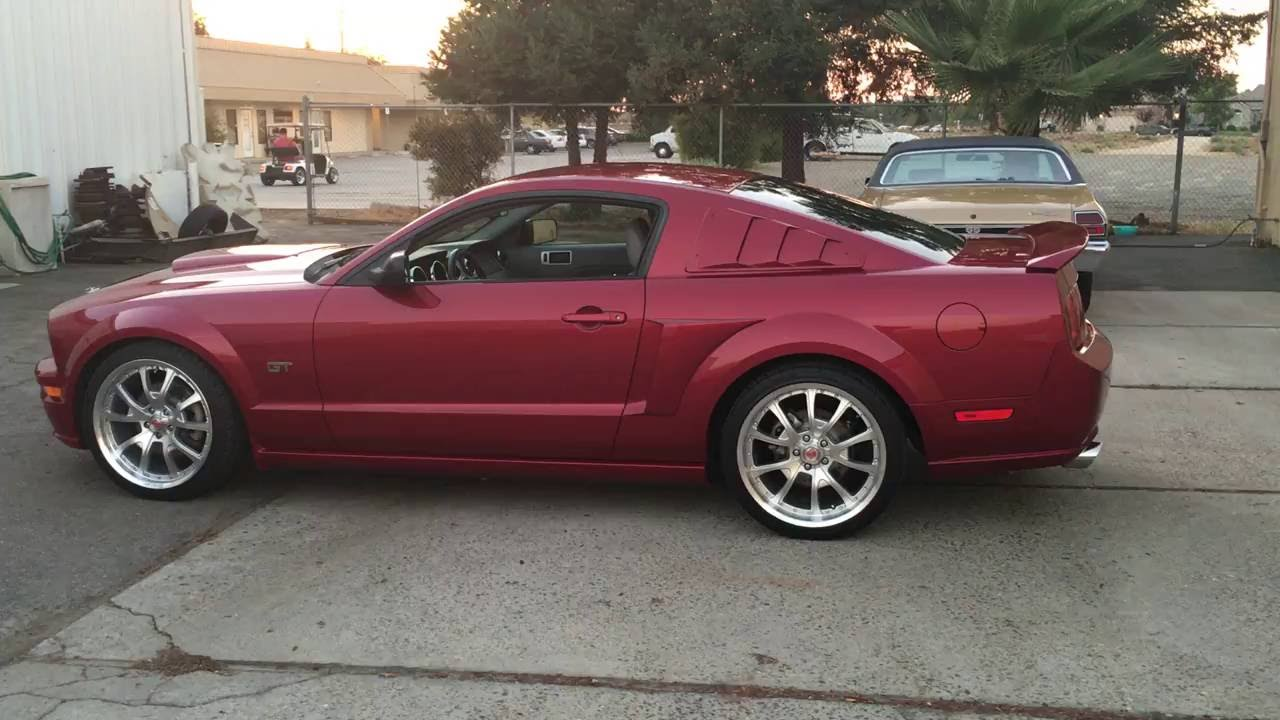 2005 mustang gt premium custom lots of extra 39 s youtube. Black Bedroom Furniture Sets. Home Design Ideas
