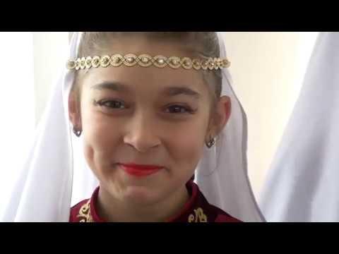 Хореографический фестиваль «Весёлая карусель» в школе №5 города Невинномысска