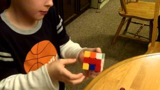 8 year old speed cubing 1 minute 3x3x3