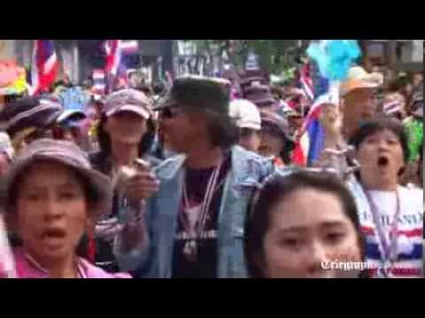 Thailand protesters call on government to step down