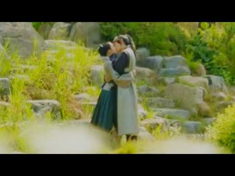 Moon Lovers Scarlet Heart: Ryeo Episode 16 Romantic Scene | FunnyCat TV