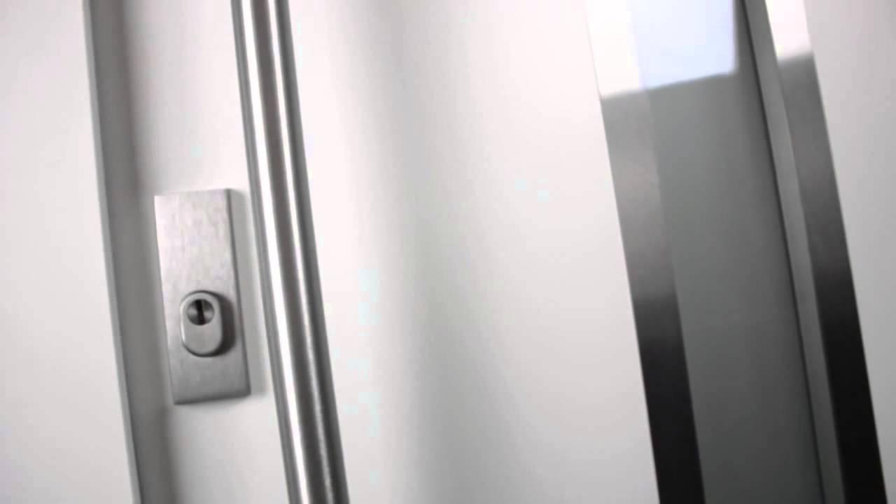 pr sentation de la gamme de porte d 39 entr e design pour maison bbc youtube. Black Bedroom Furniture Sets. Home Design Ideas