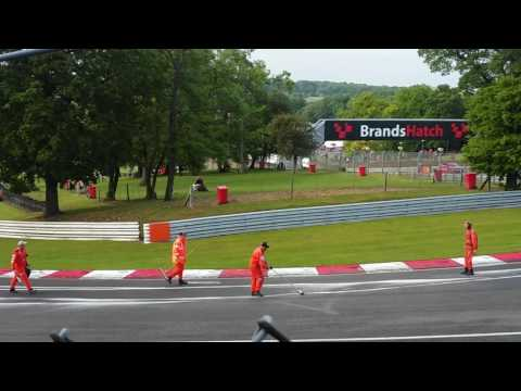 BRSCCMarshalls keeping the racing going at brands (oil,fuel spill)
