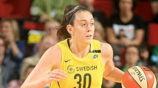 Breanna Stewart (32 Points) Leads Storm to Win in New York