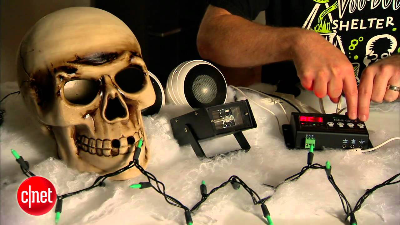 cnet how to animate scary props for halloween youtube - How To Make Animated Halloween Props