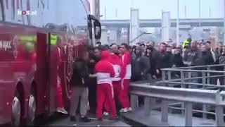 جماهير أجاكس الهولندي تعتدي على نجم المنتخب المغربي حكيم زياش