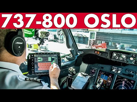 Piloting BOEING 737 Out Of Oslo + Flight Preparations!