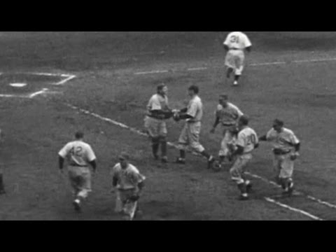 1945 WS Gm3: Passeau fires one-hit shutout in Game 3