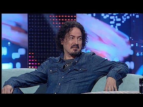 """Enrique Bunbury le manda un audio de WhatsApp a Pedro Andreu   """"Anochece que no es poco"""" Aragón TV"""