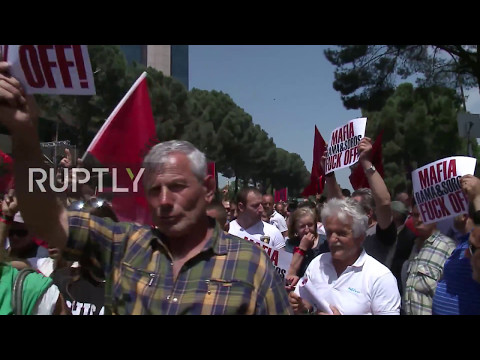 Albania: Thousands of opposition supporters join huge rally in Tirana