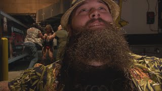 The Wyatt Family assaults Daniel Bryan backstage: SmackDown, Dec. 20, 2013 (WWE Network Exclusive)