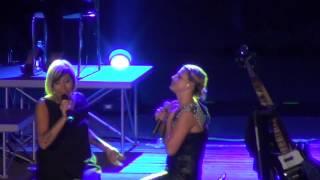 Emma & Malika Ayane - La prima cosa bella (Live @ Arena Flegrea - Napoli) FULL HD