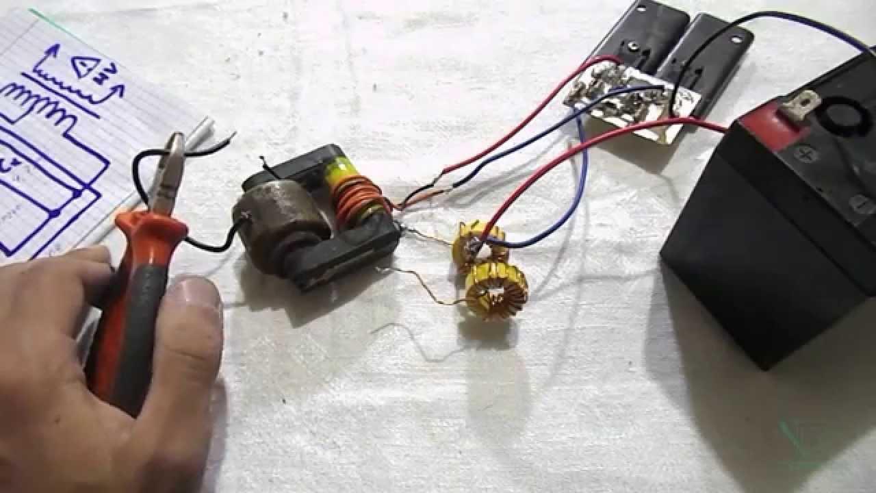 простейший инвертор напряжения схема