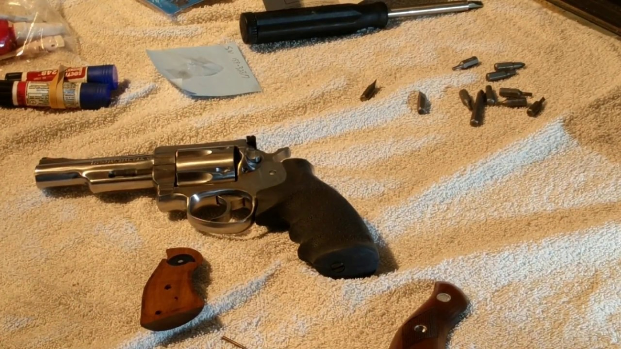 Shooting Ruger Security Six 357 install Hogue grips by froggy