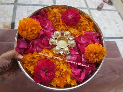 Quick pooja aarti plate thaali decoration using fresh for Aarti thali decoration with flowers