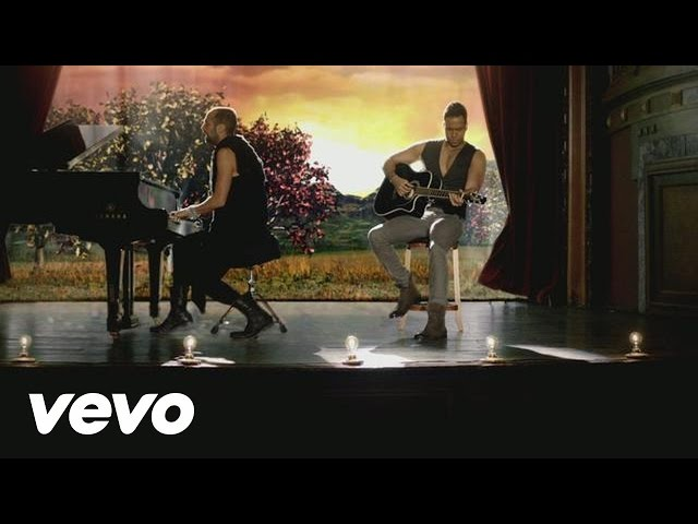 Romeo Santos - Rival ft. Mario Domm Travel Video