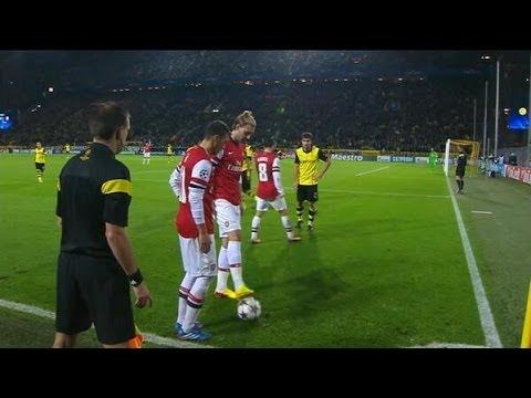 Mesut Ozil and Nicklas Bendtner Hilarious Off Side Fail