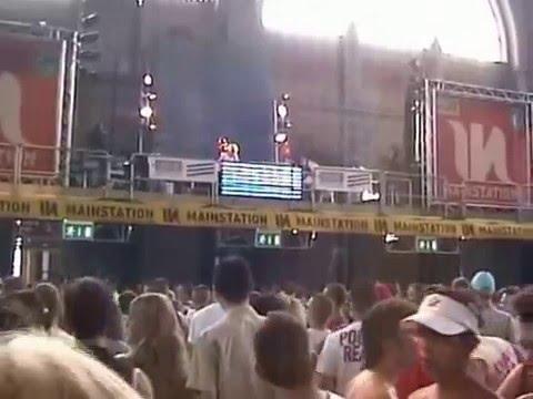 LayDee Jane - live Mainstation - Street Parade Zurich 2004