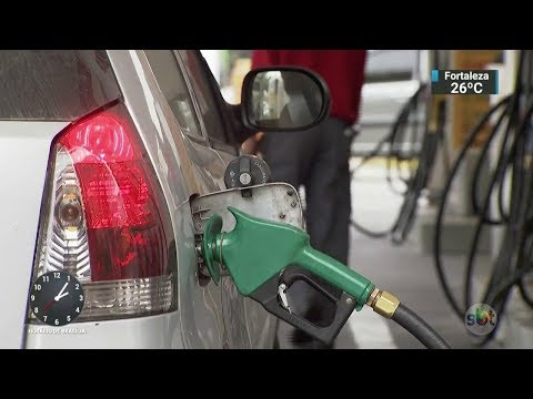 Gasolina é 30% mais poluente que álcool, diz pesquisa da USP   SBT Notícias (24/10/17)
