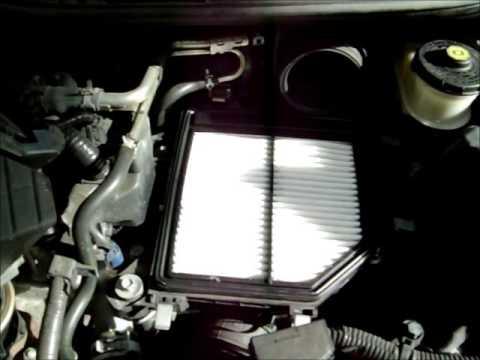 2007 Honda Civic Engine air filter Changing  YouTube