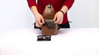 Tas Selempang Kulit  Sling Bag Slempang Pria USB port Kasual